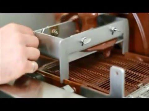derretedeira e cobrideira de chocolate equipam youtube. Black Bedroom Furniture Sets. Home Design Ideas