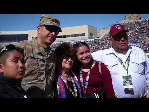 Soldier surprises family at Monster Jam El Paso