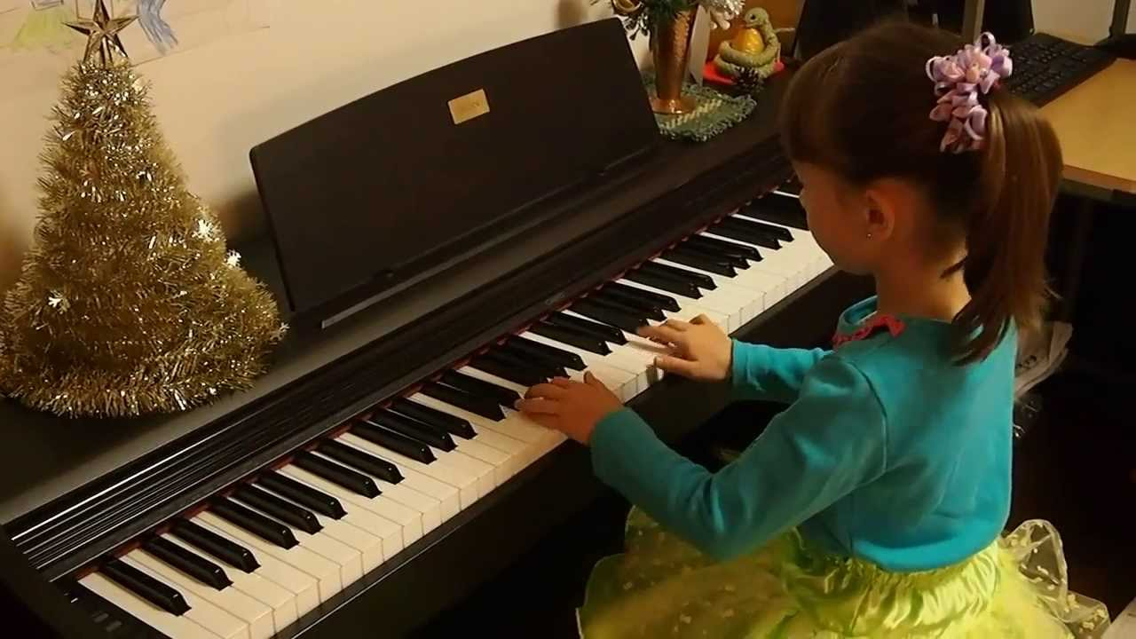 あまちゃん オープニングテーマ (ピアノ)Palina , 6 yo