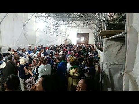 The longest line at the Church of the Nativity, Bethlehem. Tour guide: Zahi Shaked. October 26, 2017