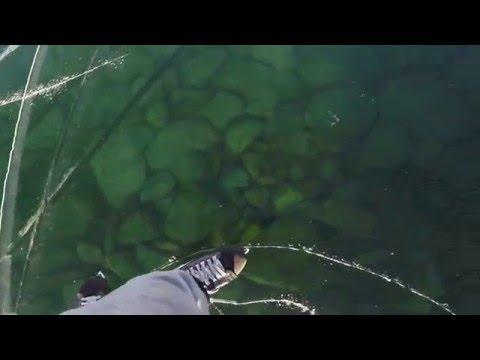 Байкал - лучший каток в мире (Ice-skating on Baikal lake 2016)
