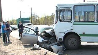 ДТП на ул. Костюкова в Белгороде(Сегодня на улице Костюкова в Белгороде произошло столкновение пассажирского автобуса ПАЗ с двумя легковым..., 2015-04-29T11:06:18.000Z)