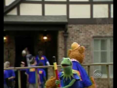 the muppets appear on extreme makeover home edition youtube. Black Bedroom Furniture Sets. Home Design Ideas