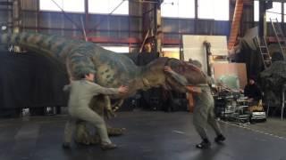 動く恐竜!