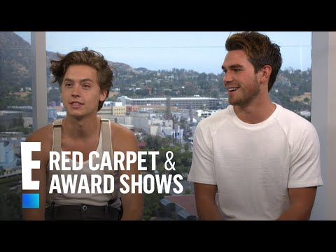 """Cole Sprouse & K.J. Apa on Shocking """"Riverdale"""" Finale   E! Live from the Red Carpet"""