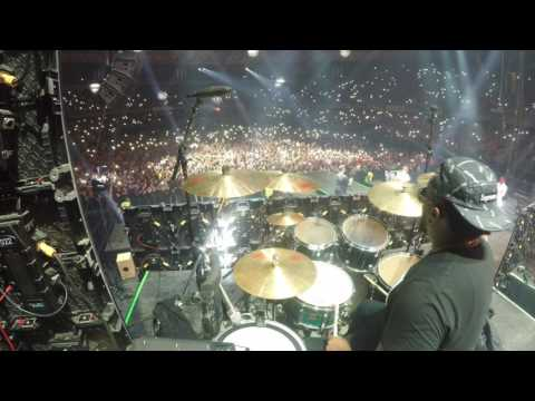 J BALVIN - MI GENTE LIVE IN CHILE! DRUM AND BASS VIEW!