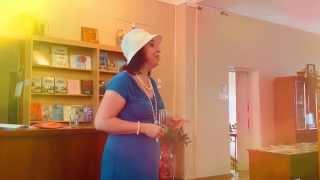Сотрудница феодосийской библиотеки о стихах Дарьи Петровой