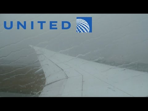United Airlines 787-9 low visibility takeoff at Hangzhou (HGH)