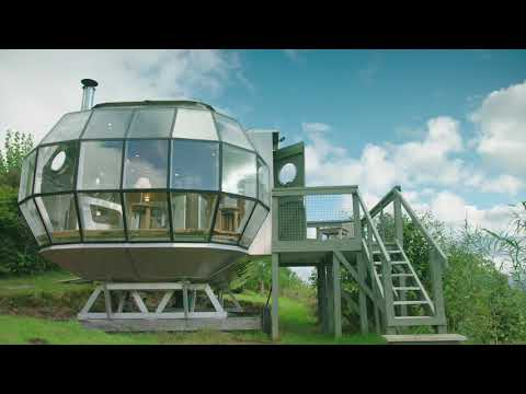 AirShip 002 - The most unique place to stay in Scotland!