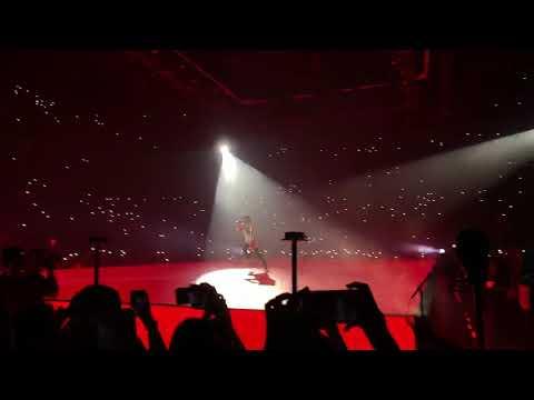 Lil Wayne - Uproar LIVE At The DRAKE Concert