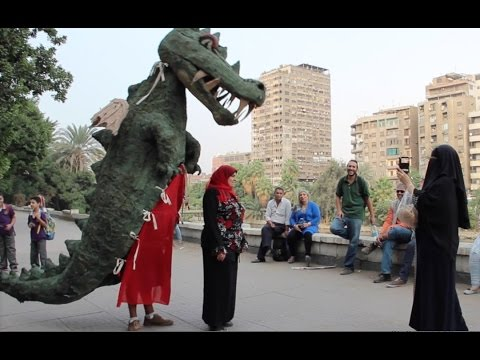 Art of Transit: Artists parade Cairo's Rhoda Island