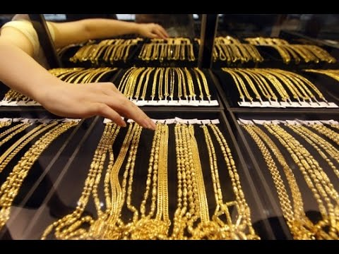 Gold price falls in international market, no changes in Indian market