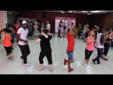 Rueda Class at one of our Salsa Holidays