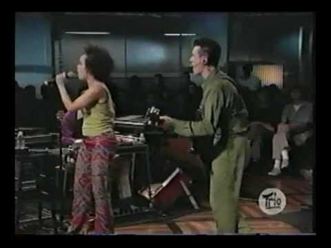 Dance on vaseline - David Byrne Sessions at West 54th Street 10131998.avi