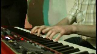 Jez Davies keyboard solos from the Nat Martin Band gig at the Boarhunt Blues Club in 2007. Thanks to John Lennie for filming.