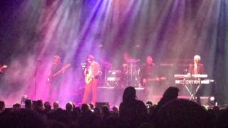 Graveyard Waltz / 500 Miles ~ The Hooters live at The Keswick Theater