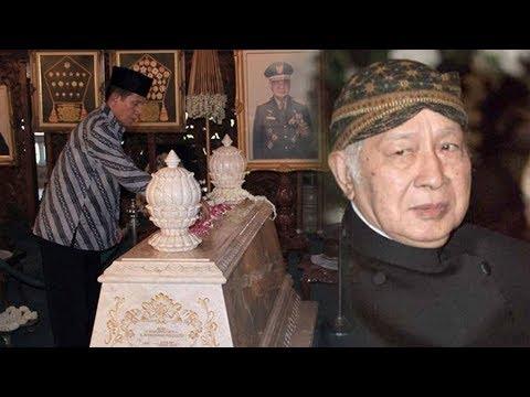 Kisah Penjaga Makam Soeharto Yang Dengar Suara Ledakan Saat Pemakaman