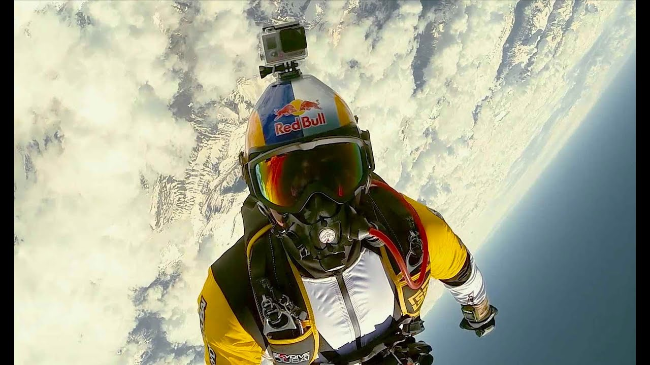 Red Bull Skydive >> Breathtaking high altitude acrobatic skydiving - Red Bull Skycombo - YouTube