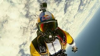 Breathtaking high altitude acrobatic skydiving - Red Bull Skycombo thumbnail