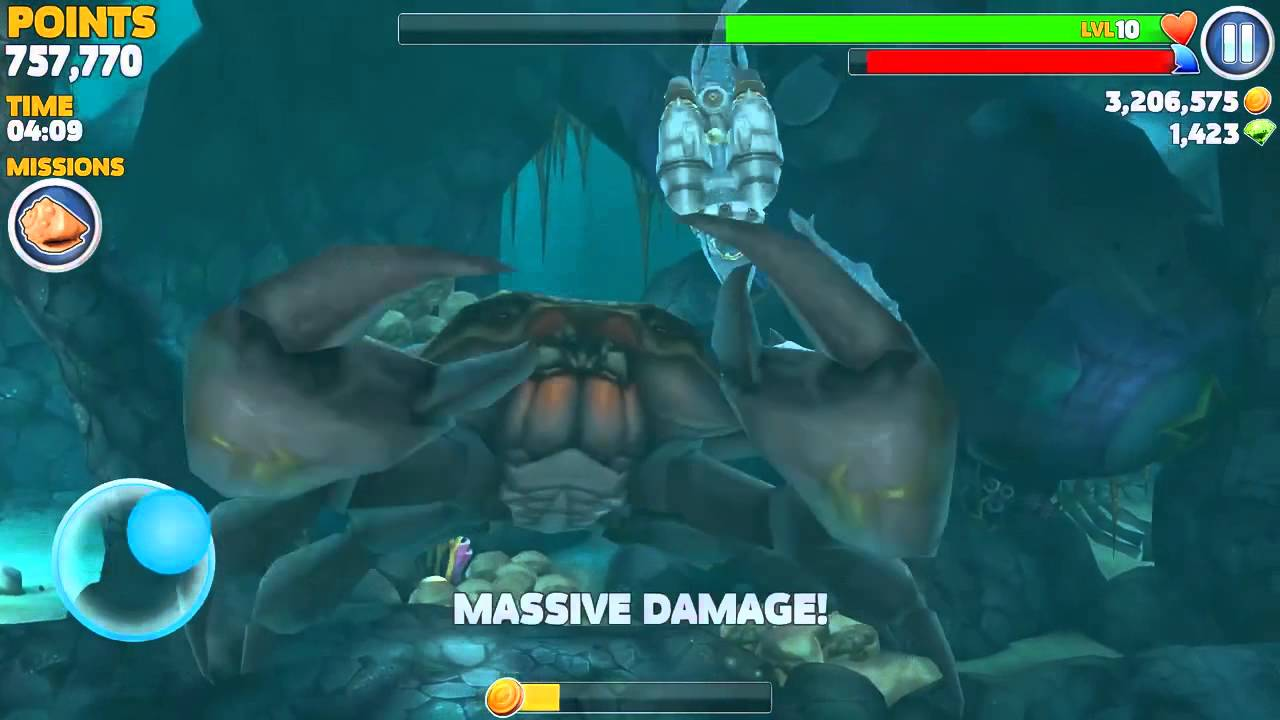 Hungry Shark Evolution Baby King Shark vs Giant Black Crab - YouTube