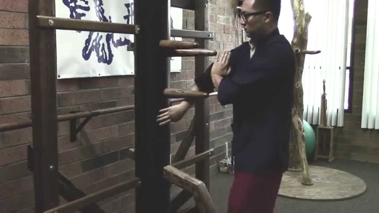 Complete Wing Chun Wooden Dummy Form - YouTube