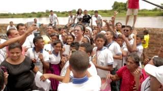 """Carlos Vives """"La Foto De Los Dos"""" BTS"""