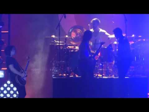 """I Miss the Misery (Led Zeppelin Version)"" Halestorm@Santander Arena Reading, PA 4/1/16"