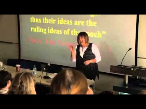 Gail Dines: Neoliberalismo y el desarme del feminismo    Subtítulos en español
