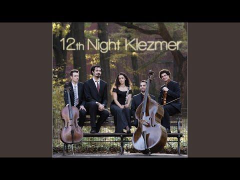 12th Night Klezmer - My Yiddish Mama mp3 ke stažení