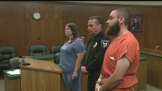 Struthers man accused of hitting woman, infant son