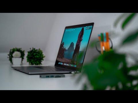 gestalte-dein-minimalistisches-home-studio-&-desk-setup