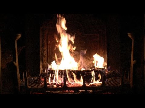 Virtual Fireplace: Beautiful Old Fireplace with Loud Crackling ...