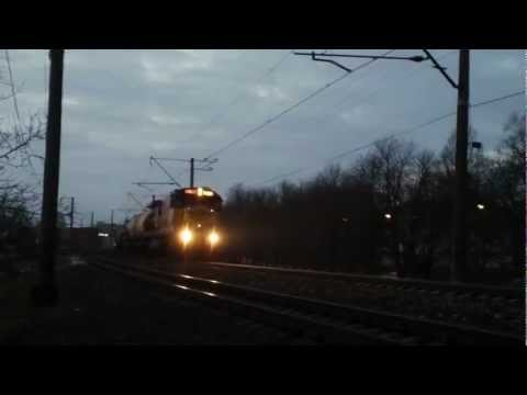 ►THE LOUDEST TRAIN HORN IN THE WORLD