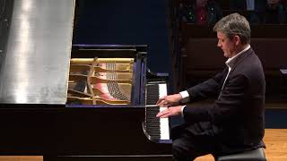 Stephen Porter plays Sarabande (HWV 440) by G. F. Handel