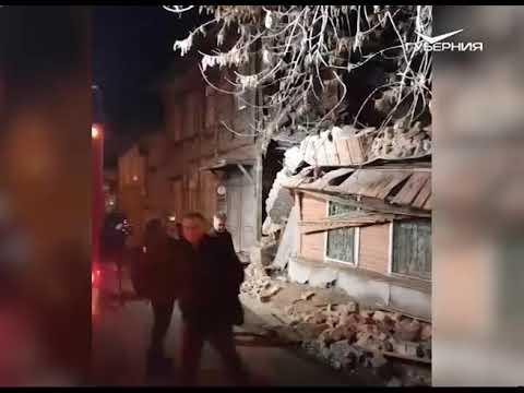 В Самаре из-за обрушения стены дома пострадало 7 человек