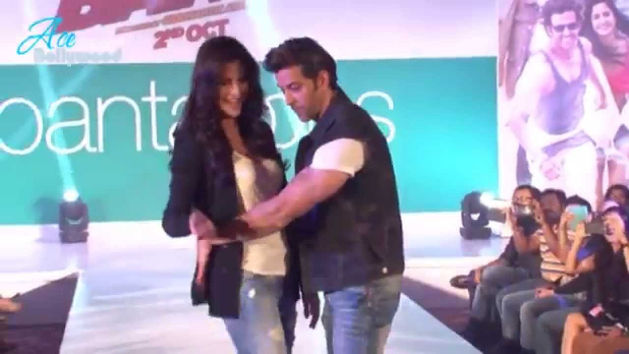 Hrithik Roshan & Katrina Kaif Dancing At Promotion Of Bang