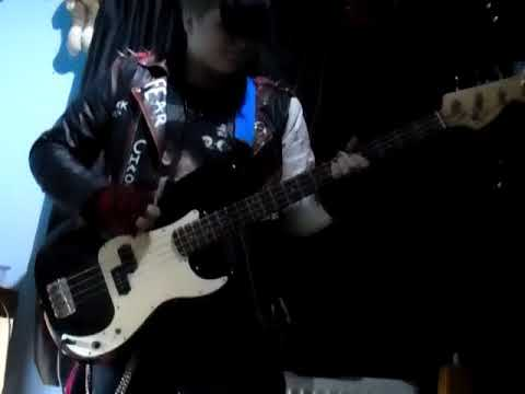 HIM-right here in my arms, bass cover