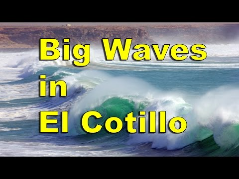 Big Waves in El Cotillo, Fuerteventura