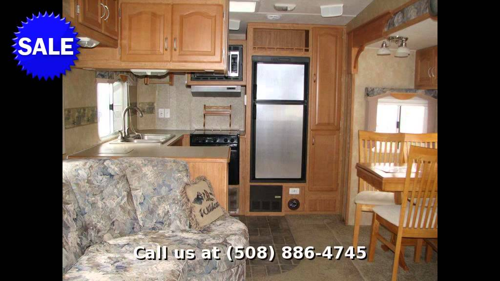 2006 Forest River Wildcat 28RK Fifth Wheel Rear Kitchen In Rutland MA