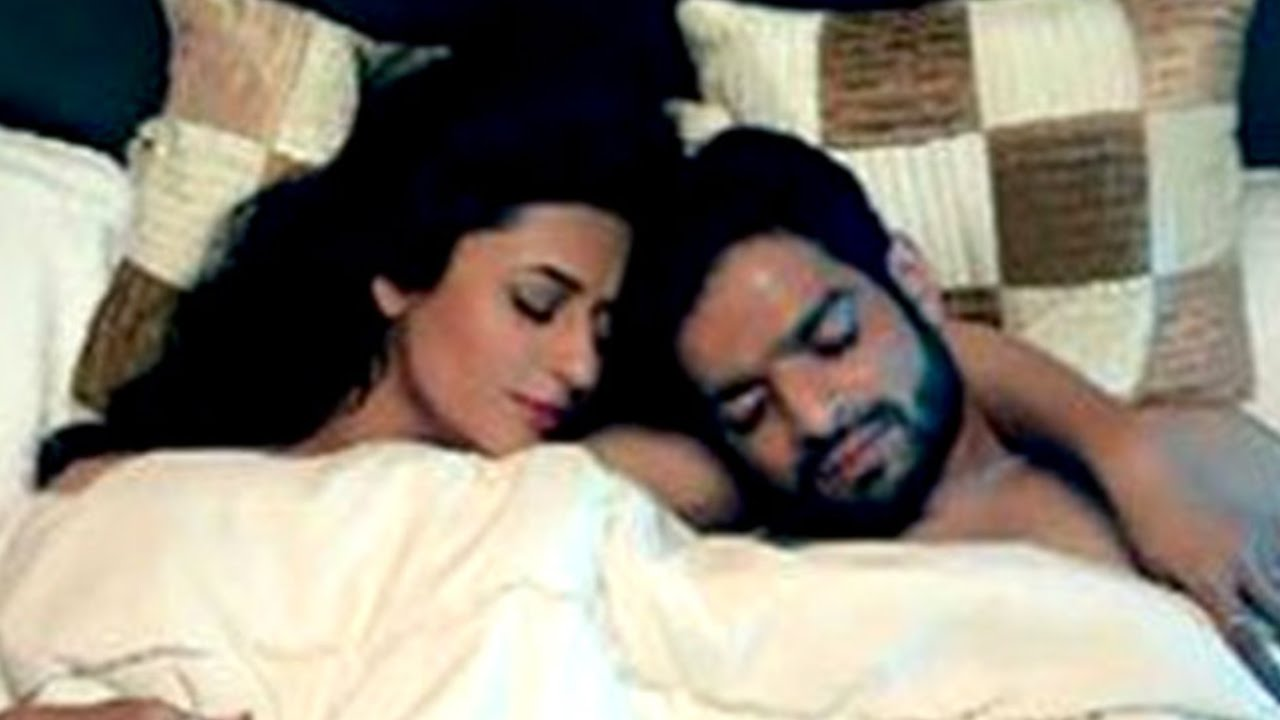 Most Romantic Scene Ever Form Tv Serials Bade Achhe Lagte
