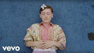 SOAK - Everybody Loves You (Official Video)