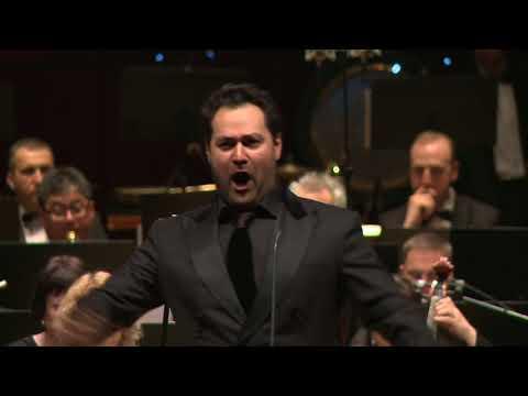 Rossini  aria di Don Basilio. Ildar  Abdrazakov, bass. Jose luis Gomez, conductor