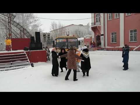 Предрождественские гулянья на центральной пл. в г. Славгород, Алтайский край