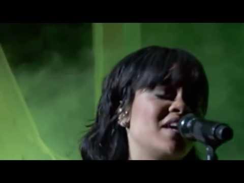 Rihanna   Love On The Brain Live at...
