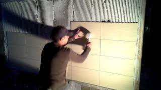 طريقة تركيب السراميك للحائط بالمادة اللاصقة       zalij garaj