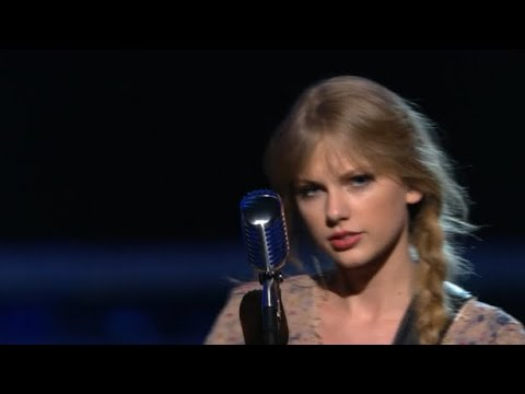 Taylor Swift - Mean (at the Grammys)