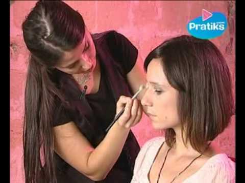 Comment Faire Un Maquillage De Soir E Etape 2 Les Yeux Youtube
