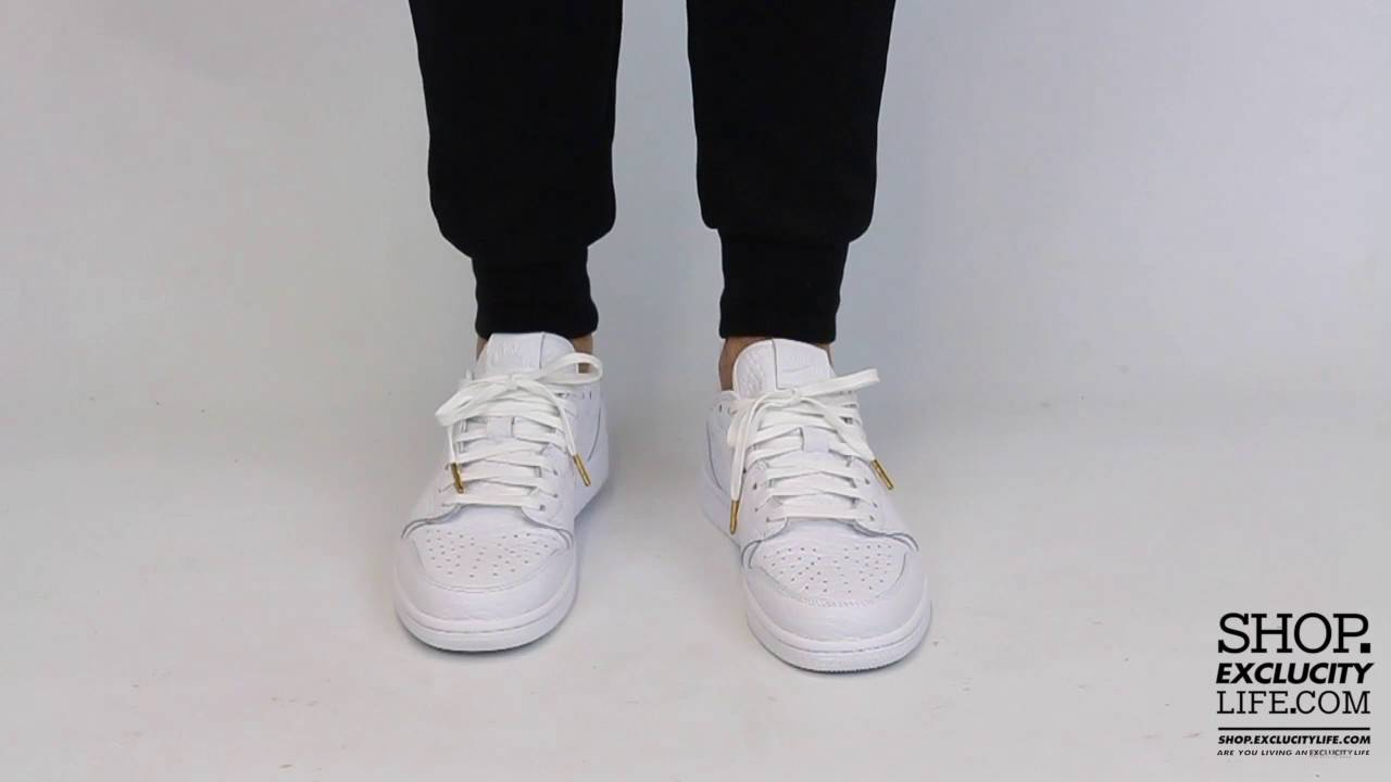 new concept bfb4c 14441 Air Jordan 1 Retro Low Swooshless White White On feet Video at Exclucity -  YouTube
