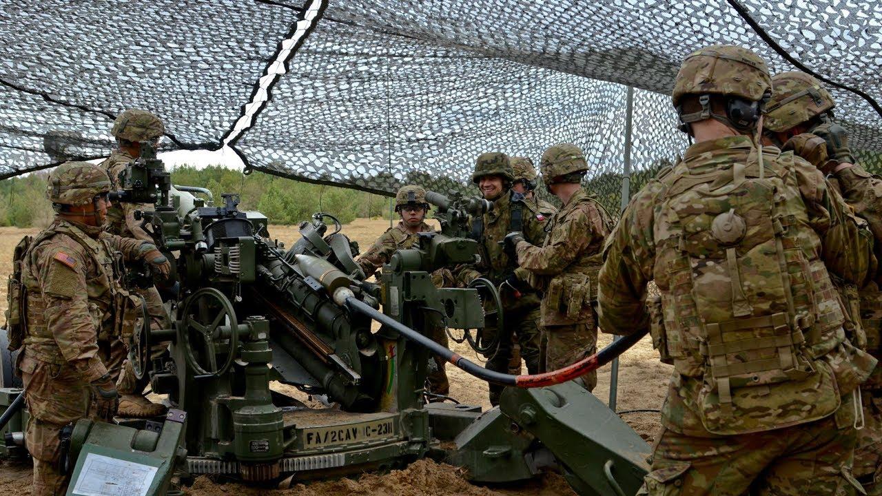 U.S. Artillerymen Train with Polish Army