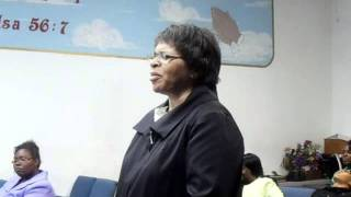 Sister Alicia Milner - Song: When I Come Into His Presence, I Humble Myself